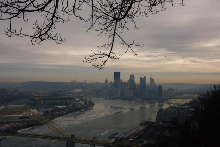 Pittsburgh skyline from the West End/Elliot Overlook